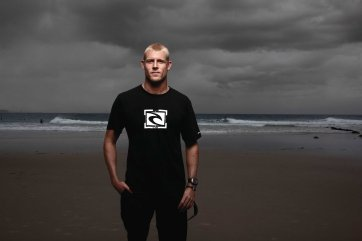 Mick Fanning at Snapper Rock, 2010 Andrew Maccoll