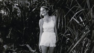 Daphne Campbell on location, Roper River, NT Film: The Overlanders, 1946