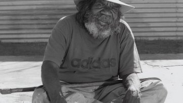Paddy Stewart Tjapaltjarri, 2007 by Greg Weight