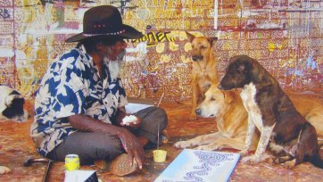Paddy's lunch: Paddy Stewart at Yuendumu, 2003 by Francis Reiss